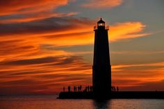 Spectacular Sunset in Frankfort, MI, USA.   This is where I'm going in two weeks !!!! I'm so excited !