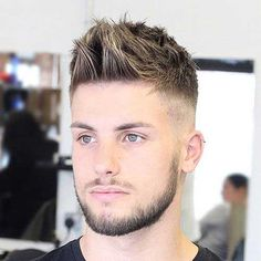 25 Stylish Haircuts For Men Guide) Mens Summer Hairstyles, Older Women Hairstyles, Hairstyles For Round Faces, Haircuts For Men, Men's Haircuts, Summer Haircuts, Everyday Hairstyles, Face Shape Hairstyles, Popular Haircuts