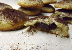 I Biscotti con Panna e crema di Nutella,sono dei deliziosi bocconcini morbidi morbidi dal cuore nutelloso