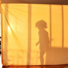 See how to create incredible play with old sheets.