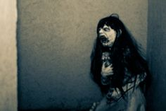 Check this out: 37 Haunted House Workers Shared Their Best Scare Stories And They Are All Hilarious. https://re.dwnld.me/cvGXb-37-haunted-house-workers-shared-their-best-scare-stories-and