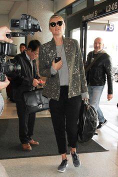 Maria Sharapova is seen at LAX on February 8, 2017. - Maria Sharapova Is Seen at LAX