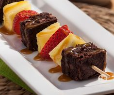 Fruit & Brownie Kabobs │ Refreshing fruit with chunks of rich chocolate and drizzled with caramel sauce.