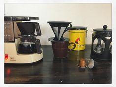 No coffee No life!  美味しいコーヒー飲みたい  今日はどれで飲もうかなぁ   コーヒーメーカー ステンレスフィルター bodamのプレス ネスプレッソ   今日はレトロなアロマボーイくんに決まり   #coffee #coffeetime  #コーヒー #foodpic#foodpic #朝ごはん #breakfast #おいしいコーヒー #手作りおやつ #おやつ #いただきます #スイーツ #手作りスイーツ #エスプレッソ#キッチングラム #食卓 #子供のいる暮らし #子供と暮らす #アンティーク #おしゃれカフェ #おうちカフェ #コーヒータイム  #おやつ#チョコ #手作りお菓子 #暮らし  #今日のおやつ #コーヒー#おやつ時間 #クッキングラム #おうちカフェ #アロマボーイ #bodam