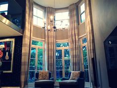 London Cushion Company's made to measure curtains are custom made to your exact requirements so you can get a perfect finish to your room. Made To Measure Curtains, Blinds, Armchair, Cushions, London, Room, Home Decor, House Blinds, Sofa Chair