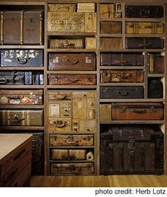 I have one old trunk...I'll need a few more to make this spectacular wall!