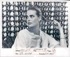 Margaux Hemingway pictures and photos Margaux Hemingway, Mariel Hemingway, Ernest Hemingway, Charlotte Rampling, Twiggy, Alexa Chung, Nobel Prize In Literature, American Spirit, Classic Actresses