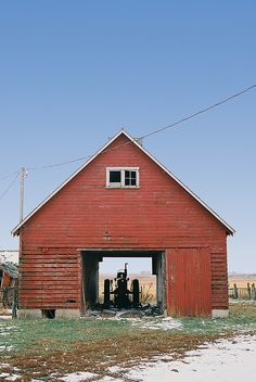 Tractor in the barn #coupon code nicesup123 gets 25% off at  Provestra.com Skinception.com