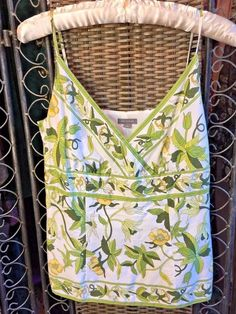 ☮Springtime! ANN TAYLOR Tank Cami FLORAL GREEN WHITE Boho FLATTERING EUC sz 2   #AnnTaylor #Halter
