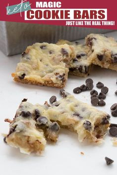 So gooey and delicious, no one will ever guess they are keto! With homemade sugar-free condensed milk, it's easy to make these delicious low carb magic cookie bars. Or Hello Dollies, or 7 Layer Bars, whatever you choose to call them! Keto Friendly Desserts, Low Carb Desserts, Low Carb Recipes, Dessert Recipes, Healthy Desserts, Dessert Ideas, Flour Recipes, Lunch Recipes, Cookie Recipes