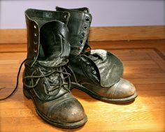 vintage combat army boots