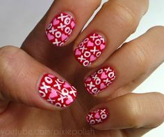 Romantic Valentine Nail Art Designs & Ideas for Valentine's Day contains the best & cute nail art patterns to spice up the romantic event spreading the love Valentine's Day Nail Designs, Holiday Nail Designs, Simple Nail Designs, Holiday Nails, Nails Design, Pretty Designs, Fancy Nails, Love Nails, Pretty Nails
