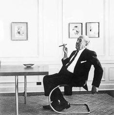1927 Chair by Ludwig Mies van der Rohe – a German-American architect Walter Gropius, Ludwig Mies Van Der Rohe, Bauhaus, Marcel Breuer, Zaha Hadid, Art History, Documentaries, Architecture Design, Vans