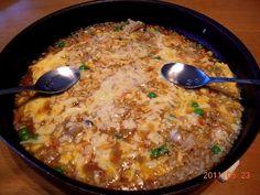 昨夜のカレーのリメイクです。  ①カレーを少量の牛乳でのばし、 ②ご飯を投入して混ぜ、 ③チーズをかけてオーブンへ。 - 7件のもぐもぐ - カレードリア by ShihomamaT2655