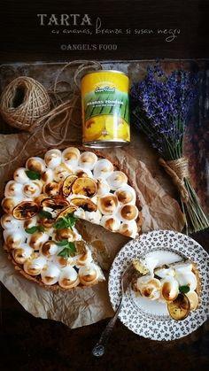 Angel's food: Tarta umpluta cu ananas, branza fina si susan negr...