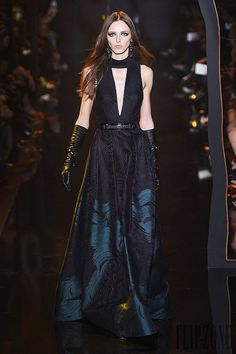 http://www.flip-zone.com/fashion/ready-to-wear/fashion-houses-42/elie-saab-5516