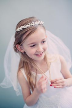 Pearls, Crystals & Rhinestones Crown w White Tulle Veil First Holy Communion (One Size Girls)