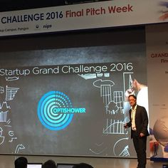 Pitch time in @startupinkorea #optishower #southkorea