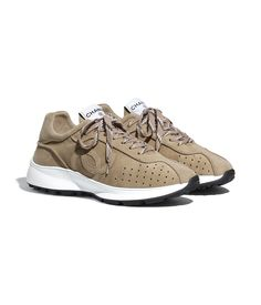Beige Trainers, Beige Sneakers, New Sneakers, Chanel Fashion, Fashion Shoes, Walk In My Shoes, Hype Shoes, Chanel Shoes, Luxury Shoes