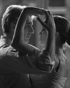 """""""Shall We Dance?"""" with Richard Gere and Jennifer Lopez. *Great* flick - weird ending GREAT photo Shall We Dance, Lets Dance, Jennifer Lopez, Dance Photography, Portrait Photography, Tango Dance, Richard Gere, Dance Poses, Ballroom Dancing"""