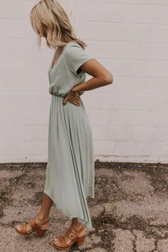 The Jane Dress - Utah Boutique Dresses Spring Dresses Casual, Summer Work Outfits, Modest Dresses, Elegant Dresses, Spring Outfits, Dresses For Work, Maxi Dresses, Wrap Dresses, Modest Clothing