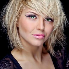 The Best Graduated Bob Hairstyles Photos - Bob Haircut Graduated Bob hairstyles, A Bob haircut is a fairly decent and relatively low-maintenance solution f. Bobbed Hairstyles With Fringe, Graduated Bob Hairstyles, Modern Bob Hairstyles, Short Hairstyles For Women, Cool Hairstyles, Hairstyles Pictures, Hair Styles 2016, Medium Hair Styles, Curly Hair Styles