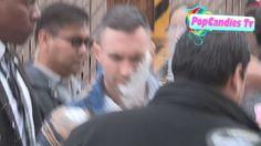 Atacan a Adam Levine con una bolsa de azúcar en polvo (Video) #Entretenimiento