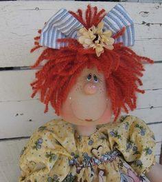 Country Primitive Doll, solo modelo, en la cabesa en lugar de moño, se puede colocar un cucharon hecho con alguna masa artesanal.