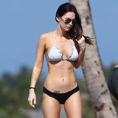 Best Megan Fox Hot and Sexy Look in Bikini Body Pictures 10 Teen Choice Awards, Bikini Pictures, Bikini Photos, Bikini Beach, Hot Bikini, Megan Fox Bikini, Megan Fox Pictures, Megan Denise Fox, Cars