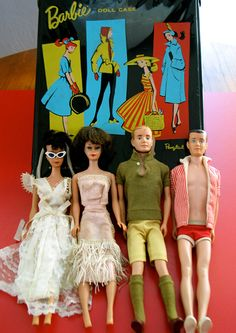Buying and selling vintage dolls from the 1950's, 60;s, 70's, and 80's to present. Description from antiqueesale.com. I searched for this on bing.com/images
