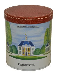 Vintage tin with picture castle Drakestein Beautiful round box with an image of the castle / mansion Drakestein. The tin has a loose closing lid and is finished in dark red with the appearance of an embroidered edge.   Height: 15 cm.  Diameter: 13.5 cm.  http://www.retro-en-design.co.uk/a-47045325/tins/vintage-tin-with-picture-castle-drakestein/