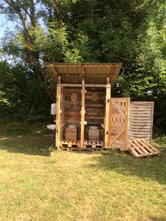 This is a design for a demountable structure housing two compost toilets. The design brief for the toilet was to be used initially for our wedding reception and then for general use.    #RecycledPallet
