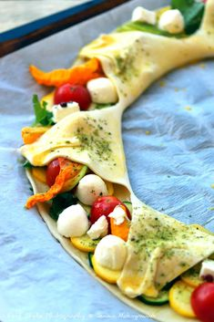 Crostata al sole della Provenza - Jenna& Bistro Vegetable Salad, Vegetable Pizza, Snack Recipes, Cooking Recipes, Healthy Recipes, Feta, Drink Recipe Book, French Dishes, Appetizers For Party