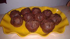 Lahodné, křehké a vynikající čokoládové muffinky. My Recipes, Sweet Recipes, Healthy Recipes, Healthy Food, Kefir, Sausage, Food And Drink, Beef, Cookies