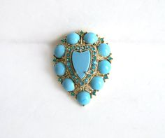 Vintage Weiss Brooch Pale Turquoise Cabs by MargsMostlyVintage Vintage Pins, Vintage Brooches, Antique Jewelry, Vintage Jewelry, Art Deco Earrings, Gold Wash, Vintage Costume Jewelry, Modern Jewelry, Turquoise Bracelet