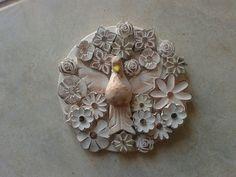Mandala Divino Espírito santo patina 21 cm diâmetro ref 2633  Confeccionada em madeira .