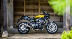 Crospect: Finally Kawasaki Z900RS Has Been Launched In India...