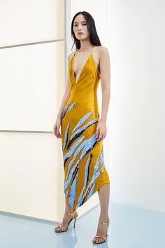 Cushnie Pre-Fall 2019 Fashion Show Collection: See the complete Cushnie Pre-Fall 2019 collection. Look 15 Runway Fashion, Trendy Fashion, New Fashion, High Fashion, Autumn Fashion, Fashion Outfits, Fashion Trends, Fashion Blogs, Fasion