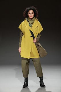 frumpy to funky: Oska Cuts the Mustard with their Autumn/Winter 11 Collection Quirky Fashion, Cozy Fashion, 70s Fashion, Timeless Fashion, Funky Outfits, Boho Outfits, Winter Outfits, Fashion Outfits, Oska Clothing