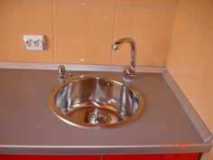Mobila de  Bucatarie Rosu Lucios Mobila la comanda Bacau Sink, Home Decor, Sink Tops, Vessel Sink, Decoration Home, Room Decor, Vanity Basin, Sinks, Home Interior Design