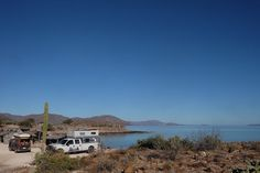 """Playa Perla of Bahia de Concepcion, Baja California Sur, Mexico. - http://malimish.com/blog/2016/06/01/playa-perla-of-bahia-de-concepcion-baja-california-sur-mexico/ - Dan got to take a week of work off so we could enjoy the internet-less beaches of middle Baja and tonight marks the last night of this type of living before we have to flee to the next portion of Baja with cell reception. Our last night of """"vacation"""" was spent on a tiny beach […] The post Pla"""