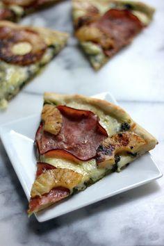 Ham and Pineapple Kale Pesto Pizza - Baker by Nature Kale Pizza, Pesto Pizza, Pizza Pizza, Pizza Party, Pork Roast Recipes, Barbecue Recipes, Pizza Recipes, Pizza Baker, Smothered Pork Chops Recipe