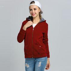 111dd23c1f7 Dámská podzimní mikina s kapucí a kožíškem na zip VÍNOVÁ – VELIKOST L Na  tento produkt