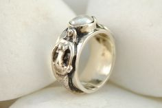 Sterling Silver Mermaid Rind with a Natural Cultured Pearl