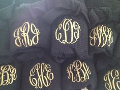 Monogramme mariage personnalisé Spa Waffle par OccassionsEmbroidery