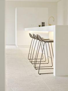 VRD - Cuisine - Réalisations - Lilly is Love Open Kitchen And Living Room, Open Plan Kitchen, Home Decor Kitchen, Interior Design Kitchen, Modern Interior Design, Home Kitchens, Kitchen Stools, Kitchen Flooring, Kitchen Queen