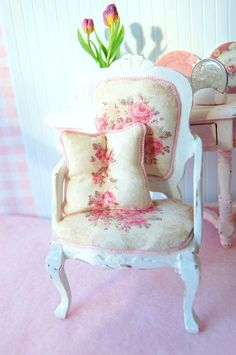 Dollhouse Shabby Chic Distressed White Wood by Memoriesnminiature