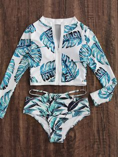 Shop Jungle Print Long Sleeve Zipper Up Two Piece Swimwear online. SheIn offers Jungle Print Long Sleeve Zipper Up Two Piece Swimwear & more to fit your fashionable needs. Source by jesstyra Bathing Suits For Teens, Summer Bathing Suits, Cute Bathing Suits, Mode Du Bikini, Haut Bikini, Flounce Bikini, Crop Top Bikini, Cute Swimsuits, Women Swimsuits
