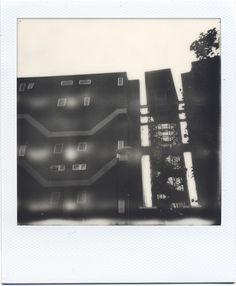 barrier-block-2 Polaroid Cameras, Polaroids, 600 Film, Instant Film Camera 8761ebaabc5c