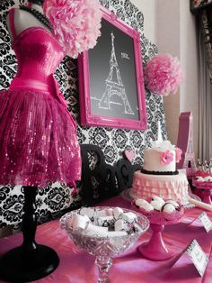 For a little girl who loves pink and loves to dress-up, this party by Lauren, of Capes and Crowns, is a birthday wish come true! A party styled with parisian… Paris Themed Birthday Party, Birthday Party Themes, Spa Birthday, 10th Birthday, Birthday Ideas, Sweet 16 Parties, Pink Parties, Thema Paris, Parisian Party